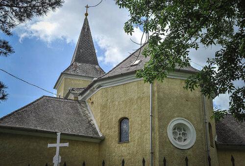 domoszlo-templom-1